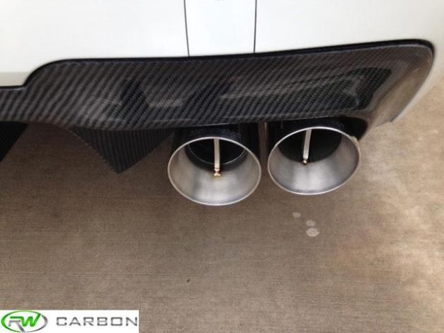 RW-Carbon-Fiber-DTM-Rear-Diffuser-BMW-F10-M5-White-3