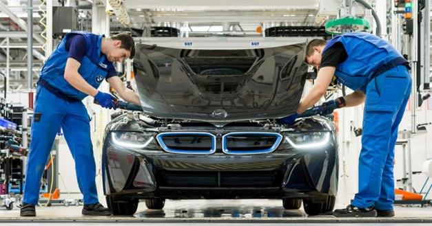 RW-Carbon-A-look-into-the-new-BMW-i8-and-its-Carbon-Fiber-Safety-Shell-1
