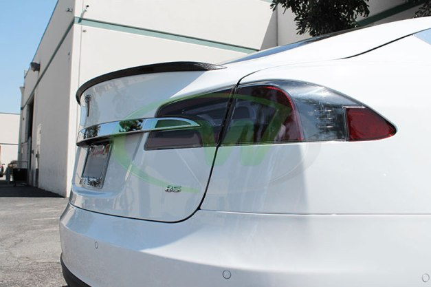 RW-Carbon-Fiber-Trunk-Spoiler-Tesla-Model-S-White-11