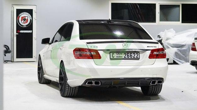RW-Carbon-Fiber-Big-Fin-Diffuser-Mercedes-W212-1