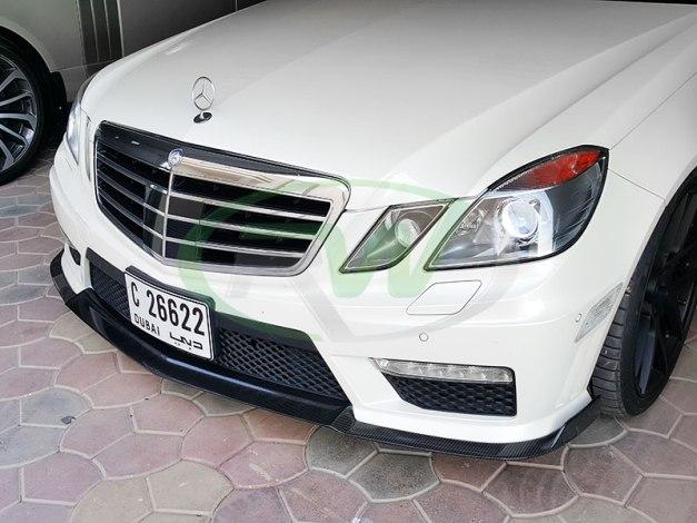 RW-Carbon-Fiber-Renn-Style-Front-Lip-Mercedes-W212-E63-AMG-white-2