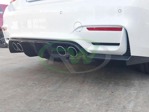 RW-Carbon-Fiber-DTM-Diffuser-BMW-F82-M4-alpine-white-2