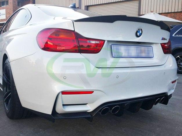 RW-Carbon-Fiber-DTM-Diffuser-BMW-F82-M4-alpine-white-4