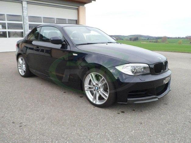 RW-Carbon-Fiber-Front-Lip-Spoiler-BMW-E82-135i-blk-1