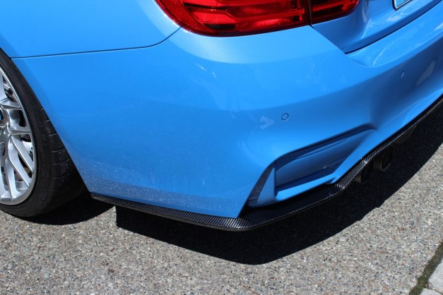 RW-Carbon-Fiber-3D-Style-Diffuser-Blue-BMW-F82-M4-2