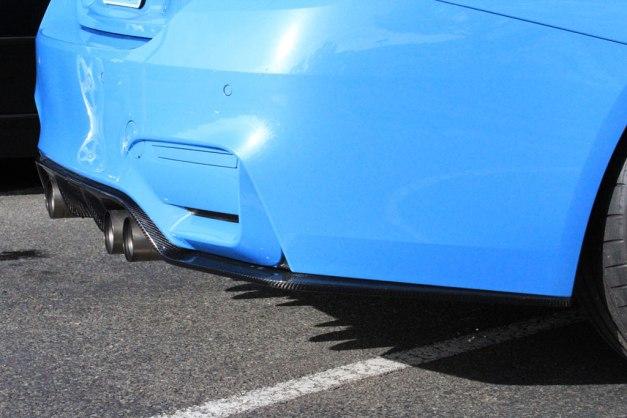RW-Carbon-Fiber-3D-Style-Diffuser-Blue-BMW-F82-M4-3