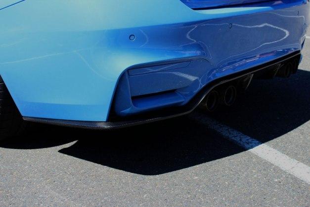 RW-Carbon-Fiber-3D-Style-Diffuser-Yas-Blue-BMW-F82-M4-3