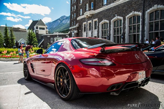 RW-Carbon-Fiber-Diffuser-and-Sides-Mercedes-SLS-AMG-Red-2