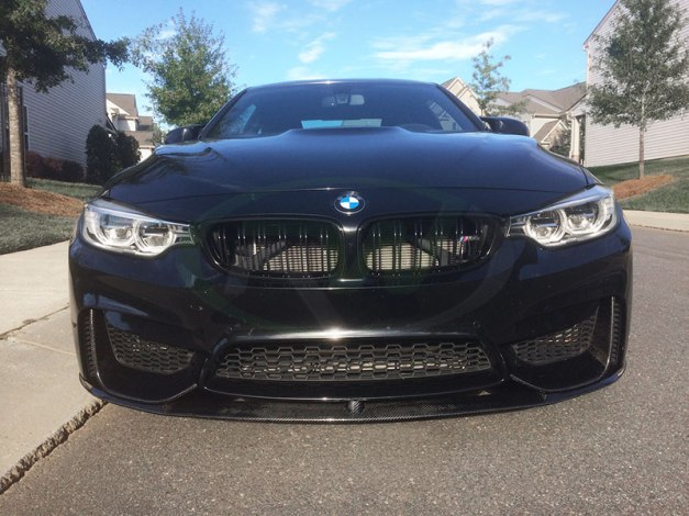 rw-carbon-fiber-perf-style-lip-on-a-bmw-f82-m4-2