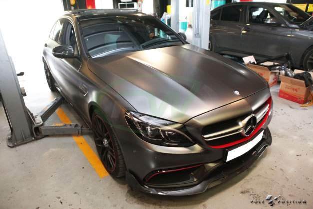 rw-carbon-fiber-brabus-style-lip-on-a-mercedes-w205-c63-sedan-2