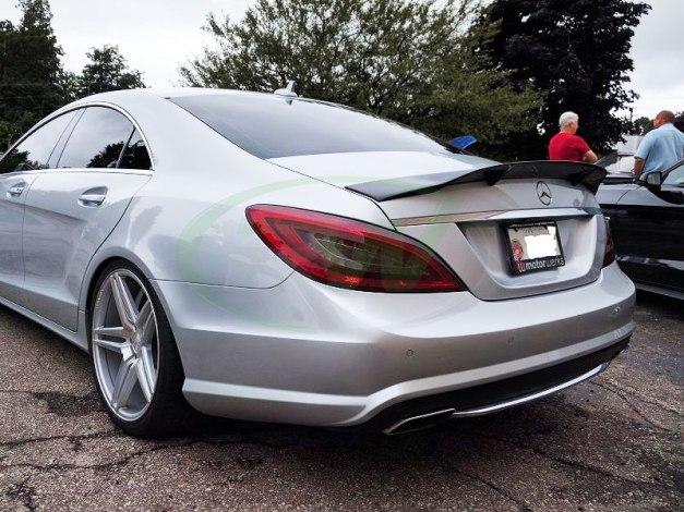 rw-carbon-fiber-renn-style-trunk-spoiler-mercedes-w218-cls550-1